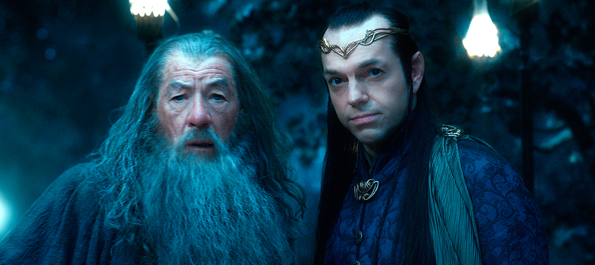 Até o próprio Gandalf comentou sobre a senhora que reza para Elrond