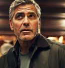 George Clooney está se recuperando após um acidente de Scooter na Itália