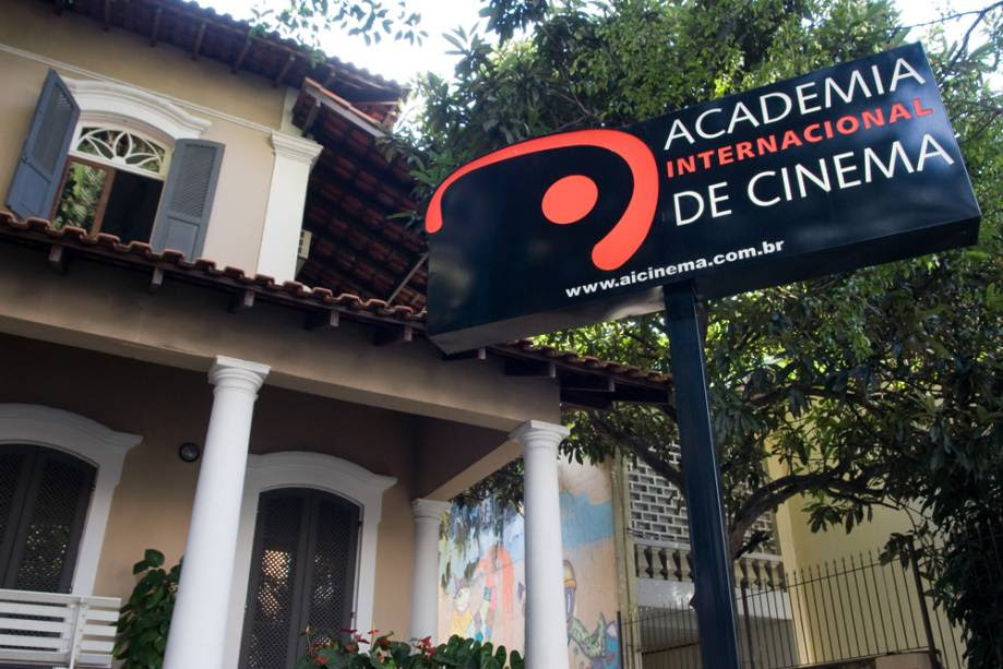 Academia Internacional de Cinema (AIC) prepara estudantes para atender as demandas atuais do mercado audiovisual